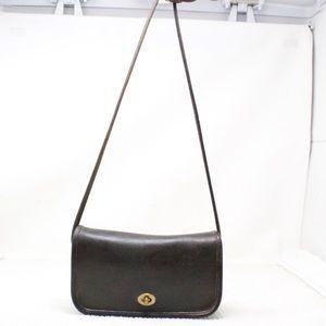Vintage Coach Black Leather Shoulder Bag 0157-093